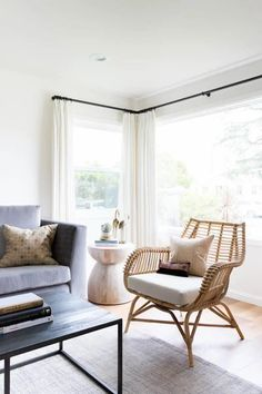 19 gorgeous rattan chairs that will work from a casual sunroom to a more sophisticated living space. Everything from budget to high end. Coastal Living Rooms, Boho Living Room, Living Room Colors, Living Room Designs, Cottage Living, Coastal Cottage, Coastal Homes, Coastal Decor, Living Room Decor Furniture