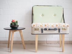 DIY Tutorial: Processing Of An Old Suitcase On A Chair By DaWanda.com  Bilderrahmen