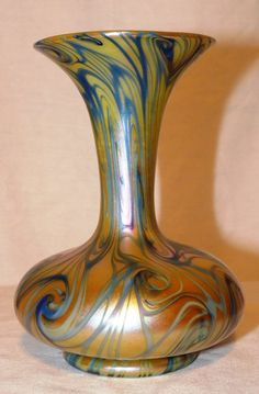 Quezal King Tut Vase
