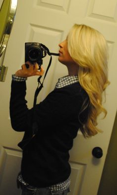 Long blonde hair with lots layers and waves