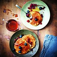Prendre un bon petit-déjeuner, c'est important pour bien commencer la journée et être efficace au travail. Vous ne savez jamais quoi manger le matin ? Voici huit recettes qui devraient vous ouvrir l'appétit dès la sortie du lit.