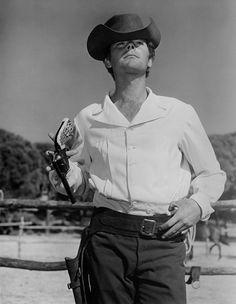 Russ Tamblyn - Son of a Gunfighter Russ Tamblyn, Western Movies, Cowboys, Movie Stars, Sons, Westerns, Trail, Spaghetti, My Son