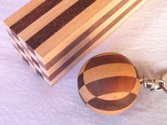 寄せ木アクセサリー、今は木製アクセサリー(Geometric Accessories)と呼んでいる作品群の初期制作品です。(2005.11) (C)FQ DESIGN/OKUDA