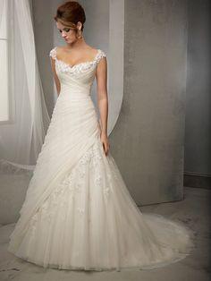 Charming Sheath/Column Straps Sleeveless Tulle Applique Court Train Wedding Dresses 10990123 - Tulle Wedding Dresses - bridalup.Com