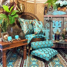 Turquoise room inspiration