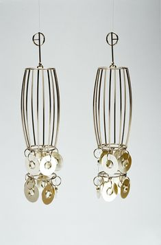Rachelle Thiewes: earrings 'SHIMMER' gold and silver. 2005