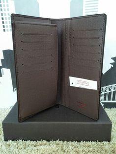 LV Wallet Brazza (semi premium) @IDR 205 ribu Material : Semi Leather Inner : Semi Leather Size : 20x10cm (12 Credit Card Slot) Color : Damier