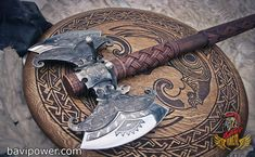 Hand forged hafted axe Hrafnagud - custom axe - hafted axe - Exclusive axe to order - Fantasy axe - Viking Axe, Viking Warrior, Viking Sword, Swords And Daggers, Knives And Swords, Beil, Armadura Medieval, Battle Axe, Medieval Weapons