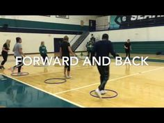 25 of my favorite cooperative activities with hula hoops, noodles, balls and cones Hoop Games, Gym Games, Physical Education Activities, Class Activities, Olympic Gym, Gymnastics Warm Ups, Primary Games, Elementary Pe, Pe Class