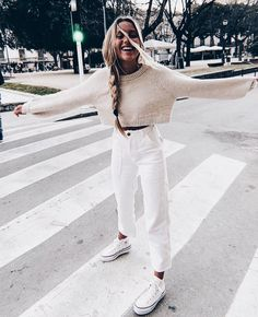 32 Weekend Outfit Ideas – What to wear on a weekend - Outfit Styles Mode Outfits, Casual Outfits, Fashion Outfits, Womens Fashion, Fashion Tips, Petite Fashion, Jean Outfits, Fashion Brands, Fashion Ideas