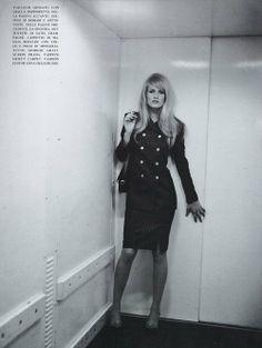 "80s-90s-supermodels:    ""Quiet Elegance"", Vogue Italia, November 1995Photographer: Michel ComteModel: Karen Mulder"