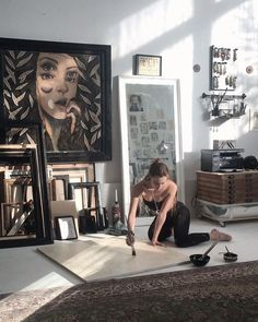 "natalie rukavishnikova on Instagram: ""✧• Отопление включили •✧"" Artist Life, Artist At Work, Art Studio Design, Artist Aesthetic, Dream Studio, Painting Studio, Art Hoe, Art Graphique, Art Studios"