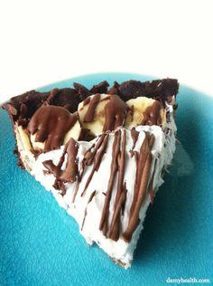 Healthy Chocolate Banana Cream Pie (GF, Raw and Vegan) via @damyhealth