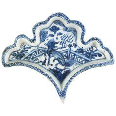 Chinese Blue and White Glazed Porcelain Dish, Ming Dynasty.  Photo Doyle.