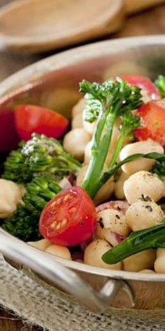 Vegan diet must-knows  - Everything you need to know before you jump on the vegan diet bandwagon.