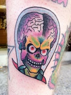Alien Tattoos and Designs Funny Tattoos, Cool Tattoos, Alien Tattoo, Tattoo Images, Tattoo Designs, Skull, Color, Colour, Coolest Tattoo