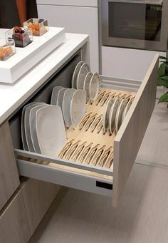 13 DIY Ideas for Kitchen Storage – diy kitchen decor ideas Kitchen Room Design, Kitchen Cabinet Design, Modern Kitchen Design, Home Decor Kitchen, Interior Design Kitchen, Kitchen Furniture, Home Kitchens, Furniture Design, Rustic Kitchen