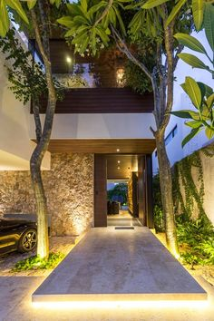 Casa abierta is a Project for a couple of my dearest friends. Entrance Design, House Entrance, Design Exterior, Tropical Houses, Tropical House Design, Modern House Design, Modern Architecture, System Architecture, Chinese Architecture