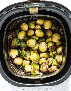 You've never had Brussels sprouts like these! Crispy Air Fryer Brussels Sprouts make a great side dish or snack - crispy on the outside and tender on the inside. Air Fryer Recipes Vegetarian, Air Fryer Oven Recipes, Air Fry Recipes, Air Fryer Dinner Recipes, Ww Recipes, Ninja Recipes, Free Recipes, Frozen Brussel Sprouts Recipe, Freezing Brussel Sprouts