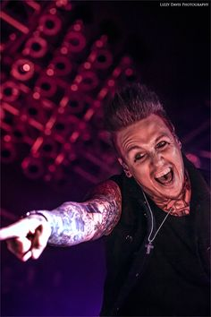 Jacoby Shaddix, Papa Roach 2015   ROCK: Front/Center   Lizzy Davis Concert Photography