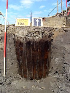 A wooden barrel, reused as framework for a water well.  Photography: Faculty of Archaeology, Leiden University. Sign in to like this photo.Silver bowl - Universiteit Leiden - Álbuns da web do Picasa