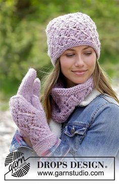 Hat Cowl and Mittens knit set in Drops Andes  Get this free pattern  http://ift.tt/2xX8ujL  Shop Drops Andes colors  http://ift.tt/2eoSCh4