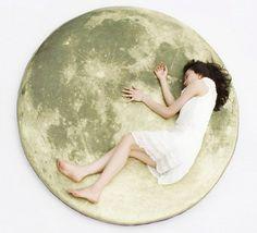 A moon rug.