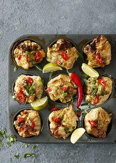 Kaali rakastaa mausteita! Kääryleet saavat uutta potkua, kun maustat ne itämaisesti inkiväärillä, chilillä, kookoksella ja limetillä.