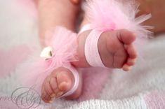 diy-baby-barefoot-sandals