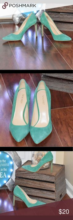 Nine West teal heels- 10m These beautiful gems are gently worn and the most beautiful color. Nine West size 10m Nine West Shoes Heels