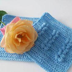 Today I am working on the scheepjes CAL ! With my favorite color blue  And look at this beautiful flower! It's one of the leftovers from @bloomonnl !  Vandaag werk ik aan de scheepjes CAL ! Natuurlijk in mijn favoriete kleur blauw! En zie die prachtige roos!!! Het is 1 van de overblijfselen van mijn #bloomon boeket!  #scheepjescal2016 #scheepjes #colourcrafter #crochetblanket #crochet #blanket #haken #gehaaktedeken #squares #crochê #virkning #hekle #virkat #häkeln #häkelliebe #örgu…