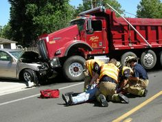1000 images about accidents on pinterest semi trucks for There are usually collisions in a motor vehicle crash