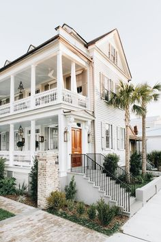 Old victorian. We are want to say thanks if you like to share this post to another people via your facebook, pinterest, google plus or twitter account. Right Click to save picture or tap and hold for seven second if you are using iphone or ipad. Source by : Uploaded by user Charleston Style, Charleston Homes, Charleston House Plans, Beach House Exteriors, Dream House Exterior, Beach House Rooms, Malibu Beach House, Beach House Decor, Farmhouse Design