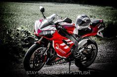 Summertime and looking summer fly.  IG: denn.se  #motorcycle #bikelife #yamahar1 #sportbike