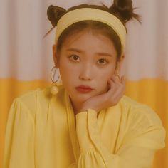 First Art, Kpop Girl Groups, Kpop Girls, Cute Poses, Iu Fashion, Cute Icons, Korean Actresses, Kpop Aesthetic, Little Sisters