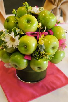 green apple wedding   Apples were a nod to my home state — Washington — and I love the ...