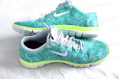 I want these nikes so bad.