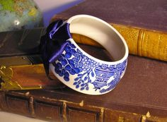 Beautiful repurposed teacup. A teacup bracelet is brilliant!