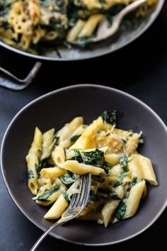 "Mac and Cheese with ""Creamed"" Spinach 
