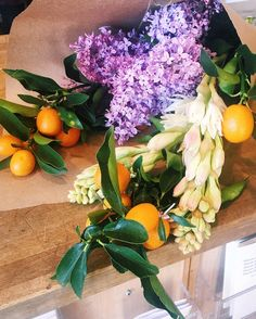 For more decors check out http://ift.tt/1YsNUMI part of shoot days is a the flower run. by sfgirlbybay
