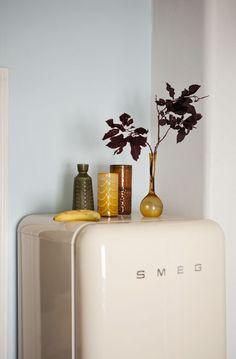 Smeg with ceramic #kitchen design ideas #modern kitchen design #kitchen decorating #kitchen interior design #kitchen design| http://kitchen-interior-design-406.blogspot.com