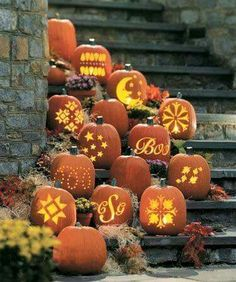 Beautiful Jack O Lanterns And Halloween Centerpieces