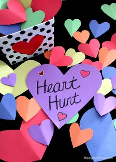 Fun Valentine's Day activity for kids and toddlers - Heart Hunt scavenger hunt i. - Fun Valentine's Day activity for kids and toddlers – Heart Hunt scavenger hunt is so cute and e - Valentines Bricolage, Kinder Valentines, Valentine Theme, Valentines Day Activities, Valentines Day Decorations, Valentines Day Party, Holiday Activities, Valentine Day Crafts, Valentine Heart
