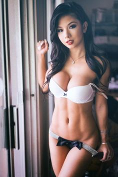 Asiatisk import modell porno