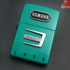New Zippo YAMAHA XS-650 Green There 1998 manufacturing scratch Z-5625 From Japan