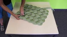 rope mat weaving instructions. pattern at http://www.edelrid.de/en/Edelrid/Sports/