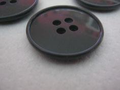 20 Stück Mantelknöpfe 4 Loch Antraziet,Durchmesser ca.28 mm,Neu,Lübecker Knopfmanufaktur von Knopfshop auf Etsy