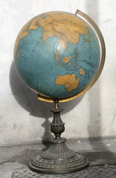 Antique 1867 Globe by etsy shop Love Vintage, Vintage Globe, Vintage Maps, Vintage Antiques, Vintage Suitcases, Antique Items, Vintage Items, Antique Maps, Old Globe