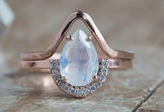 The Dreamiest Engagement Ring! :: Alexis Russell