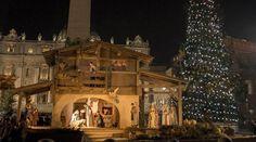 En el Vaticano se encendió el pesebre y el árbol de Navidad. Foto: EFE